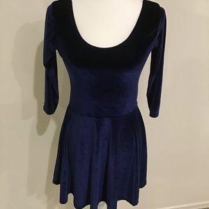 Boohoo dress, size 8, navy blue